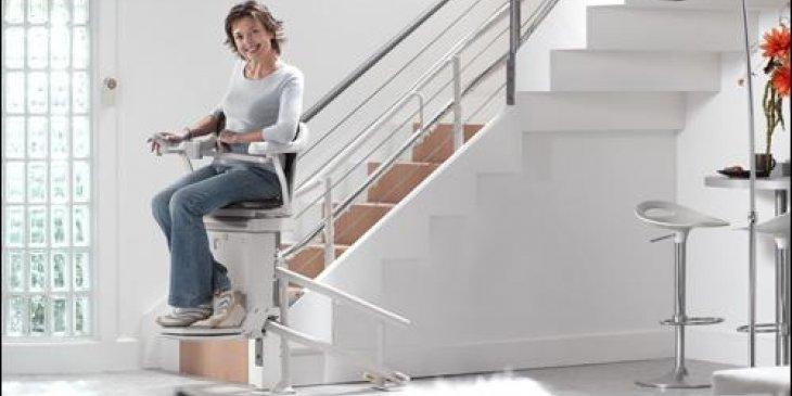 acorn_superglide_120_stair_lift1776f97a954003c6af3667d24e1fb6fe0
